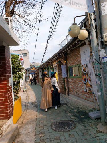 [仁寺洞]古くなった韓屋をリフォームした街 益善洞韓屋村